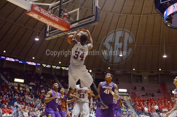 Ole Miss Basketball: Aaron Jones Dunk